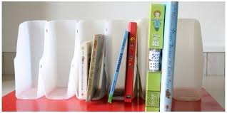 cara membuat lemari buku dari kardus bekas recycle botol bekas susu untuk rak buku vemale com