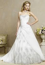 Wedding Dresses 2009 Figure Flattering 850 Strapless Demetrios Wedding Dress 4233