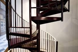revetement pour escalier exterieur escalier hélicoïdal sur deux niveaux ehi escalier hélicoïdal