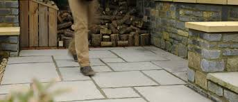 Pointing A Patio by How To Lay Slabs
