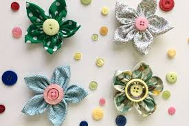 fabric flowers how to make fabric flowers in 8 easy steps mirror online