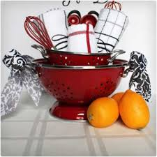 kitchen gift ideas kitchen gift basket 10 tips a free printable kitchen gift 28