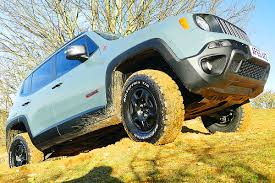 jeep renegade trailhawk lifted wild jeep renegade trailhawk