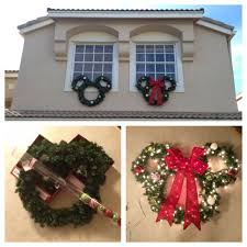 Home Holiday Decor by 22 Budget Christmas Decor Ideas For The Home Wreaths Holidays