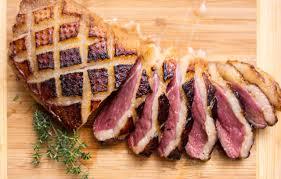 comment cuisiner des magrets de canard magret de canard miel orange et thym boucherie viande s g