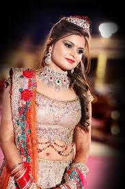 krushhhbykonica offers best bridal makeup krushhhbykonica
