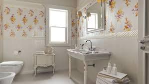 Classic Bathroom Tile Ideas Trends Ideas For Small Classic Bathroom On A Budget Bathroom