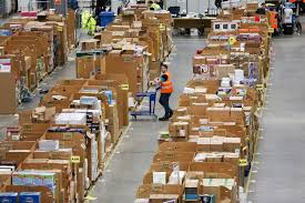 Amazon Is Hiring 5 000 Amazon To Hire 50 000 Workers With Amazon Jobs Day Fortune