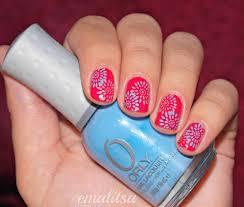 red blue nail art