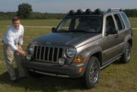 jeep 2005 liberty chrysler pays homage to in lines of 2005 liberty renegade
