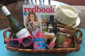 summer gift basket 7 more summer gift basket ideas house party