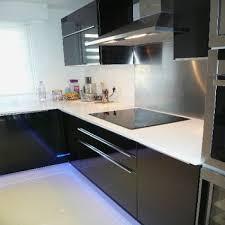 plan de travail cuisine blanc brillant cuisine blanche plan de travail noir unique modele de cuisine blanc