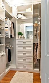 Walk In Closet Designs For A Master Bedroom Walk In Closet Layout Master Bedroom Walk In Closet Designs Best