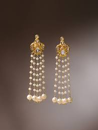 gold earrings buy fresh water pearls and diamond gold earrings online at jaypore