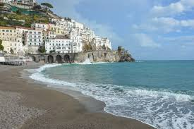 visiting the amalfi coast in the winter 5 things you need to