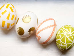 easter eggs decorated pictures unique easter egg decorating ideas reader s digest