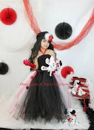 Cruella Vil Halloween Costumes Cruella Deville Halloween Cruella Deville