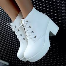white boots for womens size 9 best 25 white boots ideas on grunge shoes platform