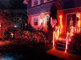 Decorated Homes For Halloween How To Hang Halloween Decorations Diy Halloween Decorations