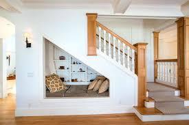 bureau sous escalier bureau sous escalier cracer un espace sous lescalier yqy