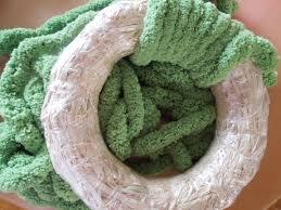 a laura craft springtime yarn wrapped wreath play dr mom