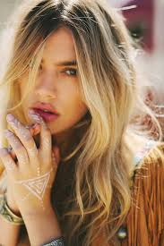 festival hair and boho looks to feel the vibes hairstyles 88 best fashion boho images on pinterest boho chic bohemian