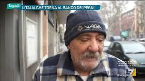 banco dei pegni l italia torna al banco dei pegni