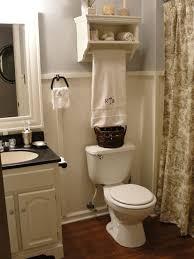 pottery barn bathroom ideas 9 best gator bathrooms images on pottery barn