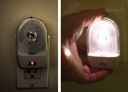emergency lights when power goes out quaketips don t be left in the dark which kinds of power failure
