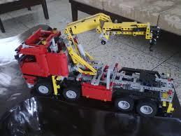 lego technic truck file lego technic crane truck jpg wikimedia commons