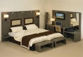 porte valise pour chambre sofams met en avant zébrano un mobilier fonctionnel