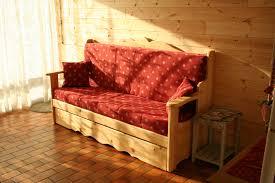 canape montagne canapé pour un coquet appartement de montagne couture au fil d
