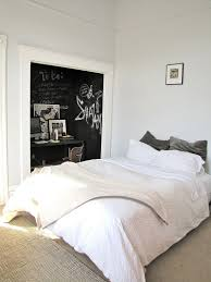 creative bedrooms with chalkboard walls and inspirational messages creative bedrooms with chalkboards designrulz 3