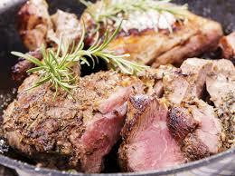 cuisine gigot d agneau recette gigot d agneau de pré salé rôti