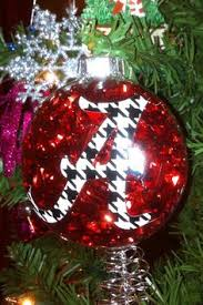 the of alabama denny chimes ornament is adorable and is