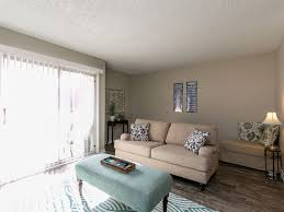 riverside nashville 3 bedroom condo with po vrbo living room great for relaxing or catching up with friend