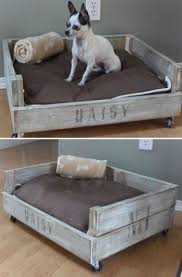 canapé lit pour chien lits pour chien en palette bois à réaliser soi même canapé lit