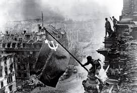 Russian Flag Black And White Raising A Flag Over The Reichstag 100 Photographs The Most