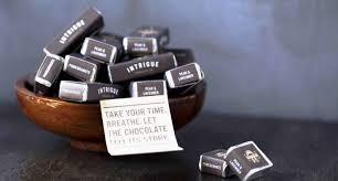 best 25 wedding favour chocolates wedding useful wedding favors beautiful engraved wedding favors
