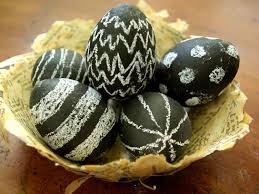 easter eggs for decorating unique easter egg decorating ideas reader s digest reader s digest