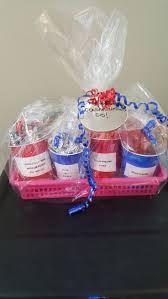 Graduation Gift Basket The 25 Best Graduation Gift Baskets Ideas On Pinterest High