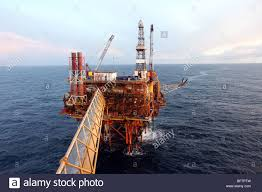 oil rig north sea aberdeen stock photos u0026 oil rig north sea