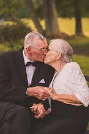 65 wedding anniversary elderly has anniversary photo shoot for 65th wedding anniversary