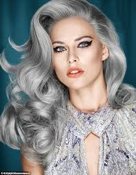hoghtlighting hair with gray five women dye their hair grey for femail daily mail online