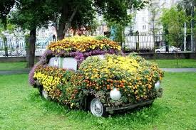 How To Use Old Tires For Decorating 20 Beautiful Flower Beds Recycling Old Cars And Tires
