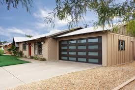 garage door roadside modern houses home decor waplag house