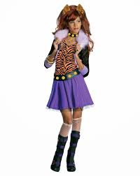 Monster High Halloween Dress Up by New Age Mama Monster High Monstober Giveaway