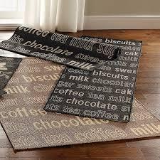 tappeti a metraggio tappeti cucina come si pu祺 essere aderente come un bug con un