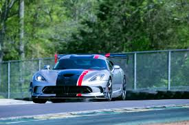 Dodge Viper Automatic - fca says dodge viper production will end on august 31
