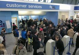 Customer Service Desk Uk Snow Dig In The Worst Is Yet To Come Roads Gridlocked And